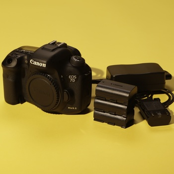 Rent Canon EOS 7D Mark II DSLR Camera (Body Only)