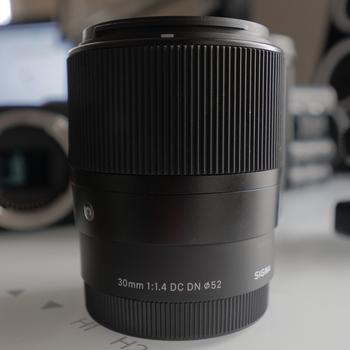 Rent Sony a6300 + Sigma Lenses KIT