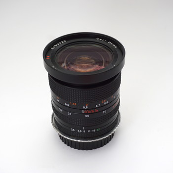 Rent Zeiss 28-70mm f3.5-4.5 EF mount