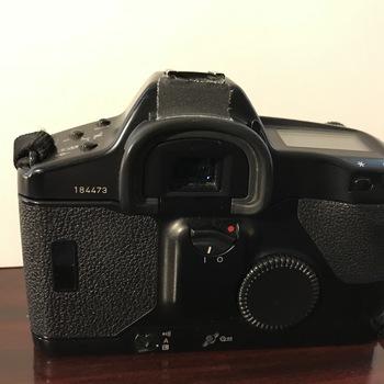Rent Canon EOS 1N (Film 35mm)
