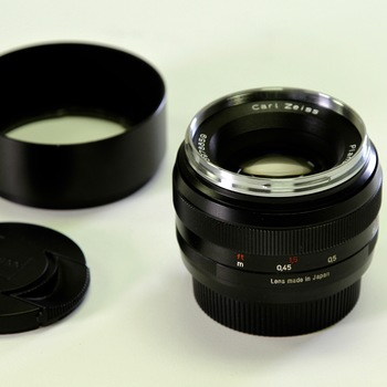 Rent Zeiss 50mm f/1.4 ZE Planar T (EF)