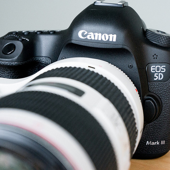 Rent Canon 5D Mark III, Lens Package & Rode Mic
