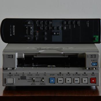 Rent SONY DSR-11 DVCAM Digital Videocassette Recorder