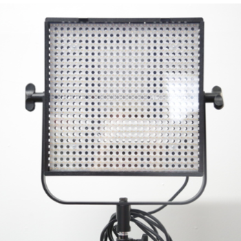 Rent Litepanels LP-1x1 bi-color with batteries