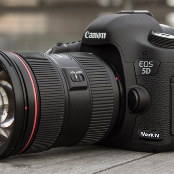 Rent Canon 5D IV with 24-70mm V2 lens  and Battery Grip