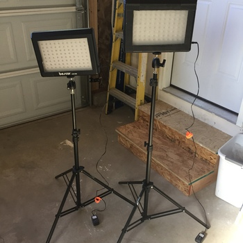 Rent Bescor LED-95DK2 Dual LED Light Kit