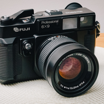 "Rent FUJI GW690 II ""TEXAS LEICA"" 6x9 Rangefinder"