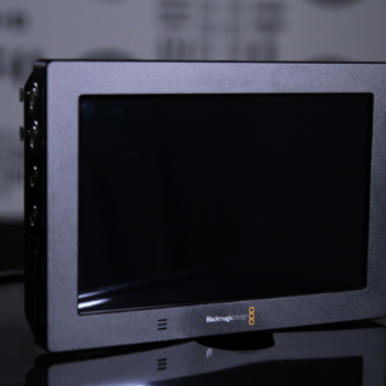 Rent On-Board Monitor Blackmagic Design Video Assist 4k Kit