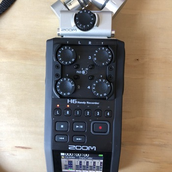 Rent Zoom H6 Recorder with X/Y and Mid-Side stereo mics