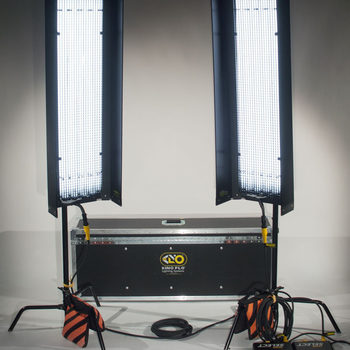 Rent (2X) Set of two 4Foot 4Bank Kino Flo Lights