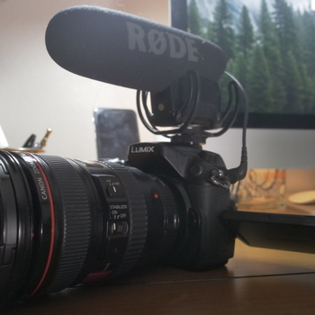 Rent Gh4 + Canon 24-105mm f4 + Vello Speedbooster + Rode VideoMic