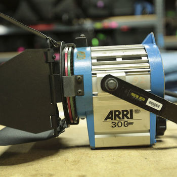 Rent Arri 300w Fresnel Light Kit