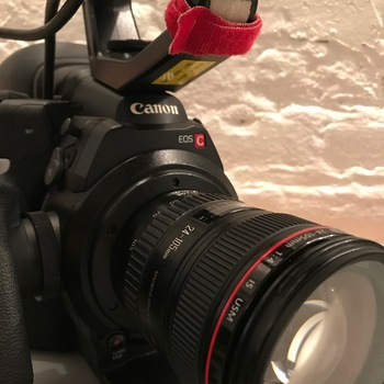 Rent Canon C300 MkI with Canon L series 24-105 F4