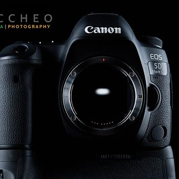 Rent BASIC BUNDLE - Canon 5D Mark IV w/ Lens, Card & Batteries