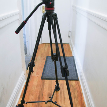 Rent Manfrotto 502 AH Tripod on 351MVB2 sticks