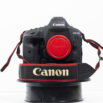 Rent Canon EOS 1D X Mark II