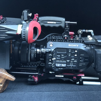 Rent Sony FS7  Full Documentary Package #01