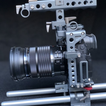 Rent Panasonic GH5 / Tilta cage / Sigma 18-35 /50-100 EF Mount