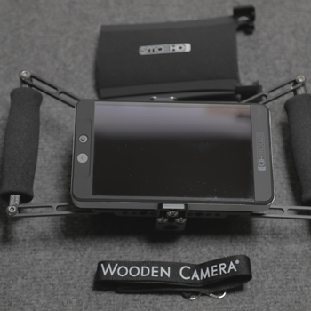 Rent SmallHD 702 Bright + Power +Wooden Camera Cage