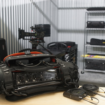 Rent Sound Devices 633 with 2 Wireless Channels and 2 DPA 4060 Mics