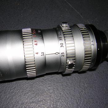 Rent P.Angenieux Paris Zoom  Type L2 20-80mm f2.5  Covers Super 16  Good for Bolex D16, BMPC