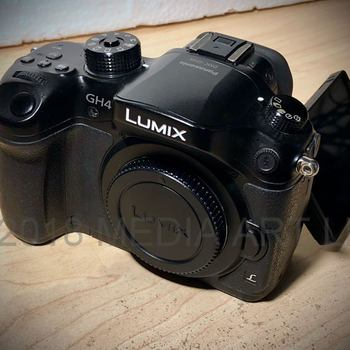 Rent Panasonic LUMIX G DMC‑GH4 (Cinema 4K mirrorless camera)