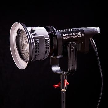 Rent Aputure LS 120D Daylight LED with Fresnel Lens
