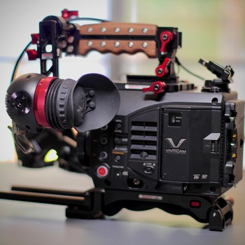 Rent Varicam LT easy-go package, EF mount