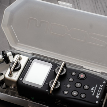 Rent Zoom H5 Audio Recorder with X/Y Mic Capsule