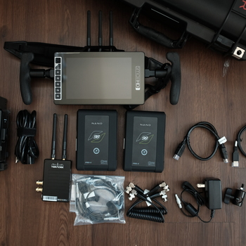 Rent SmallHD 703 Bolt + Teradek Bolt 500 XT Transmitter Kit
