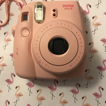 Rent Fujifilm Instax Mini 7S Instant Camera