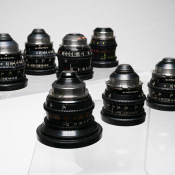 Rent Zeiss Super Speeds MKIII + Panther 7mm, 35mm (Super 16mm)