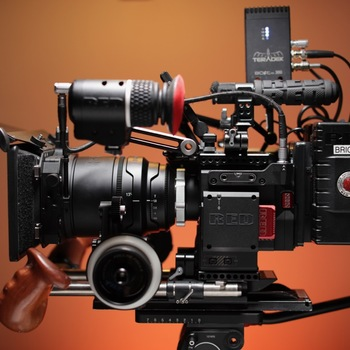 Rent RED Helium 8K (60 fps) S35 Ready to Shoot Cinema Kit
