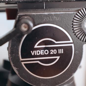 Rent Sachtler Video 20 III Fluid Head Carbon Fiber Tripod