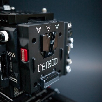 Rent Red Epic-W Helium 8K Cinema Package | EF + PL Mounts, MiniMags, VLock Batteries, Diopters, 18mm Rods, Mattebox + More...