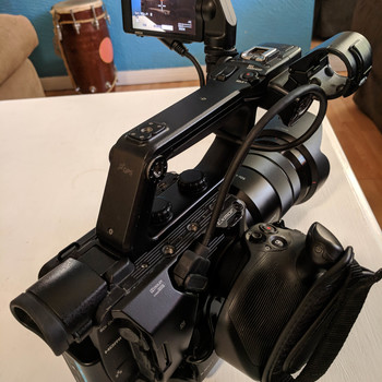 Rent Sony PXW-FS5 Super 35 Camera ( 18-105mm lens & 2 Batteries)