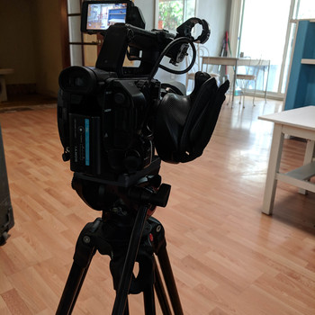 Rent Manfrotto MVH500AH Fluid Video Head and Tripod