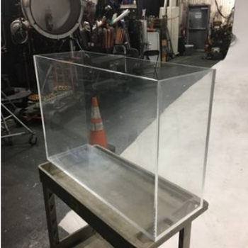 Rent Plexiglass 44 Gallon Water Tank