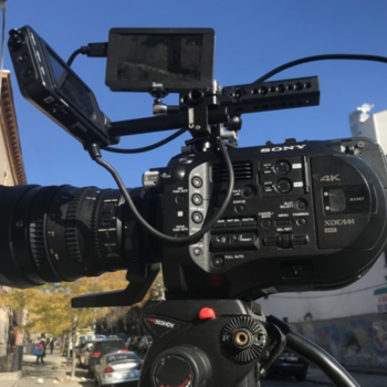 Rent Sony FS7 4K Camera /w Tripod