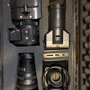 Rent Sony FS700R with Sony 28-135 G OSS f4