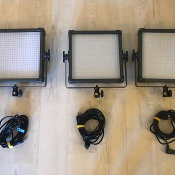 Rent F&V Bi-Colored 1'x1' LED Set of 3