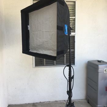 Rent Chimera 32 x 24 lightbank softbox