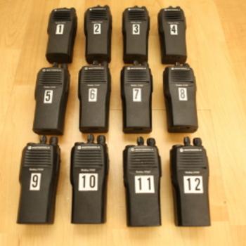 Rent 6 Motorola Walkies - Model RDU4160D
