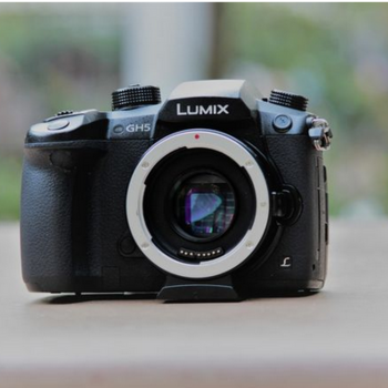 Rent Panasonic Lumix GH5 / V-LOG / EF Metabones