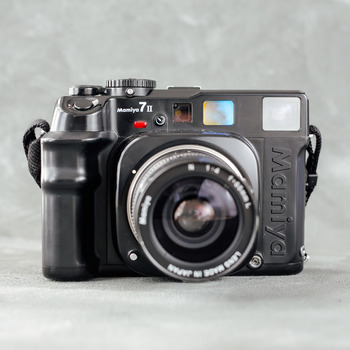 Rent Mamiya 7 II with 65mm f/4 Lens