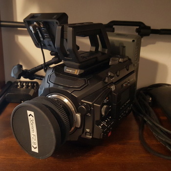 Rent Ursa Mini Pro with shoulder kit and monitor