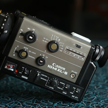 Rent CANON 1014 XL-S Super8 Camera with Zoom 6.5-65mm f1.4