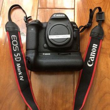 Rent Canon 5D Mark IV in LOS FELIZ