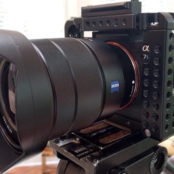 Rent Zeiss 16-35mm F4 Sony EF Mount Lens