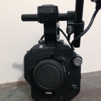 Rent Sony FS7 Mark II Kit  (w/ 24-105mm Lens f/4 and SpeedBooster + Other Accesories)